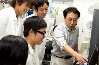 工業物理化学第二研究室(河合研)